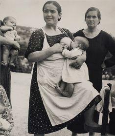 Kati Horna. Untitled, Vélez Rubio, Almeria province, Andalusia, Spanish Civil War, 1937. Archivo Privado de Fotografía y Gráfica Kati y José...