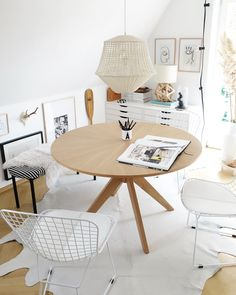 Easy Home Interior Design Tips That Anyone Can Implement – DecorativeAllure Scandinavian Style, Rooms Ideas, Modern Home Offices, Modern Laundry Rooms, Living Room Green, Farmhouse Furniture, Interior Design Tips, Interior Ideas, Home Office Design