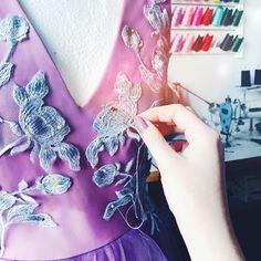 #sewing #sew #szycie #fabric #sopsi #sopsifashion #fashion #czestochowa #szycienamiare #szyciezpasją #violet #sukienkanawesele #sukienka #dress #wesele #eveningdress Atelier