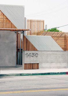 Little Ground Cafe WORD Warren Office for Research and Design Exterior Wall Design, Cafe Exterior, Entrance Design, Facade Design, Modern Exterior, Exterior Decoration, Exterior Shutters, Tor Design, Design Entrée