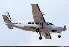 Cessna Grand Caravan I aircraft picture Cessna Caravan, Cargo Aircraft, Major Airlines, Grand Caravan, Aircraft Pictures, Airplanes, Aviation, Commercial, Planes