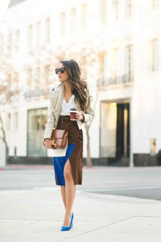 Cropped trench, white tee and patchwork suede skirt