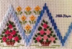 Belma🎪🎪🎪🎪's media analytics. Wool Embroidery, Embroidery Stitches, Embroidery Patterns, Cross Stitch Patterns, Needlepoint Stitches, Needlework, Bargello, Swedish Weaving, Crochet Flowers