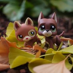 Littlest Pet Shop pups. Mmmmhmm Piknik and Bekka Lps Littlest Pet Shop, Little Pet Shop Toys, Little Pets, Lps Dog, Lps Cats, Lps Great Dane, Furby Boom, Lps For Sale, Custom Lps