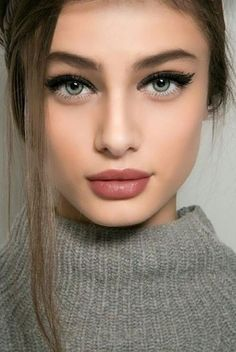 8 Sensational Soft Spring Makeup Looks for You for 2019 Have A Look! Beauty Makeup Trends The post 8 Sensational Soft Spring Makeup Looks for You for 2019 Have A Look! Beauty appeared first on Make Up. Eye Makeup Tips, Smokey Eye Makeup, Makeup Goals, Makeup Trends, Lip Makeup, Makeup Hacks, Beauty Makeup, Makeup Ideas, Makeup Tutorials
