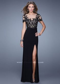 2015 La Femme 20957 Enchanting Black Lace Appliques High Slit Long Dress