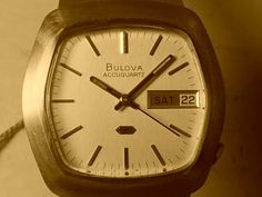 Vintage Bulova Accutron 18ct gold, serviced.