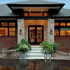 50 Houses With Hip Roofs Ideas Hip Roof House Exterior Roof