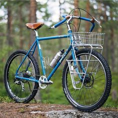 Absolutely wild Disc Trucker build from Wooden Bicycle, Bicycle Basket, Velo Vintage, Vintage Bicycles, Bmx, Surly Bike, Titanium Bike, Road Trip, Commuter Bike