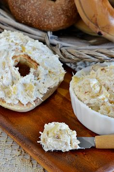 This tropical spread is full of EVERYTHING tropical! Crushed pineapple, toasted coconut and macadamia nuts take the Pineapple Cream Cheese Spread Recipe, Cream Cheese Recipes, Coconut Cheese, Coconut Cream, Toasted Coconut, Flavored Butter, Butter Recipe, Nutella Recipes, Coconut Recipes