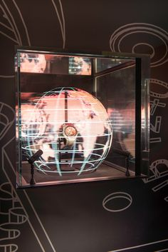 Philippe Parreno, Table Lamp, Ceiling Lights, Display, Lighting, Harrods, Stage, London, Clock Art