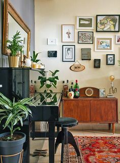 Daily Design Tweaks Keep A Rental in Jerusalem Feeling Fresh, Design*Sponge