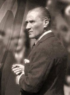Atatürk Turkey History, Turkish Army, The Turk, Fathers Love, Great Leaders, World Peace, World Leaders, Historical Pictures, The Republic