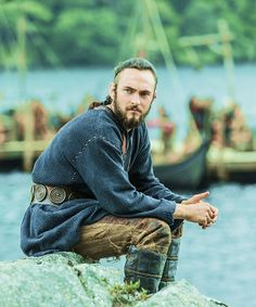 "Vikings ""Born Again"" Athelstan Vikings, Floki, Ragnar Lothbrok, Lagertha, Viking Life, Viking Art, Viking Warrior, Viking Woman, Vikings Tv Series"