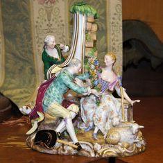 figura porcelana Meissen pareja de enamorados observados Alemania 1830