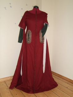 red dress 14th century inspired