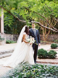 Romantic Blush Wedding Ideas | Real Weddings | Oncewed.com