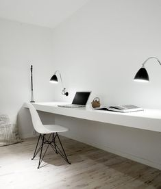 Office / White working space