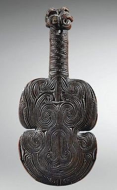 This article aims to help the reader understand and distinguish the different types of Maori Weapons. To understand Maori weapons and their intended specialized functions. Filipino Tribal Tattoos, Hawaiian Tribal Tattoos, Maori Patterns, Polynesian Art, Cross Tattoo For Men, Maori Designs, Nordic Tattoo, Maori Art, Bone Carving