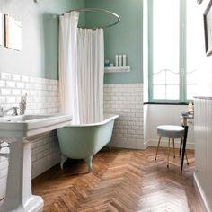 Beautiful springy mint bathroom, that free standing mint tub! Mint Green Bathrooms, Mint Bathroom, Wood Floor Bathroom, Baby Bathroom, White Bathroom Tiles, Retro Bathrooms, Upstairs Bathrooms, White Tiles, Bad Inspiration