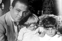Rudolph Valentino with children