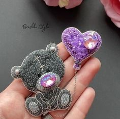 Pearl Brooch, Beaded Brooch, Beaded Earrings, Hand Embroidery Patterns, Beaded Embroidery, Brick Stitch, Druzy Ring, Beadwork, Felting