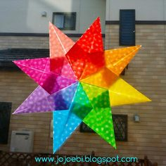 Make Waldorf Stars using Origami Paper - Engaged in Art Christmas Paper, Christmas Deco, Christmas Projects, Holiday Crafts, Christmas Stars, Outdoor Christmas, Quilted Ornaments, Paper Ornaments, Xmas Ornaments