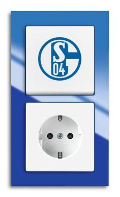 Sie sind Fan einer Bundesliga- Mannschaft ? Wir bieten ihnen Schalter und Steckdosen in der Farbe und Logo ihres Vereins. Nutzen auch sie diese außerordentliche Möglichkeit , ihre Elektroinstallation in dem Logo und der Farbe ihres Lieblingsvereins auszustatten. Ob bei der Neuinstallation ihres Hauses, der Wohnung, oder auch der Austausch der schon vor-handenen Schalter und…