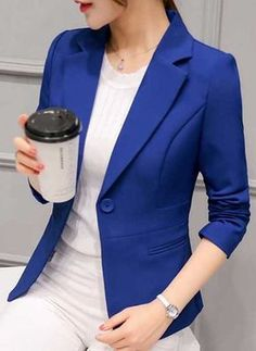 Women's Spring/Autumn Slim Fit Office Blazer Women's Fashion Office Blazer is the perfect fabric for those who are very formal and prefer to dress up on the inside. It can be created by changing some of the basi. Casual Blazer Women, Blazers For Women, Suits For Women, Clothes For Women, Women's Casual, Blazer And Shorts, Blazer Outfits, Blazer Dress, Blazer Suit