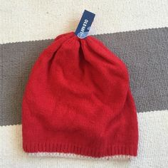 Red and white old navy winter hat - new with tags Warm and cozy Old Navy Accessories Hats