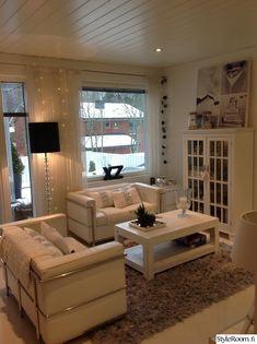 lamppu,olohuone,valaisin,sohva,sohvapöytä