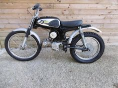 Image result for honda s90 trials Custom Street Bikes, Custom Bikes, Honda S90, Brat Cafe, Motorcycle Engine, 50cc, Scrambler, Trials, Cubs