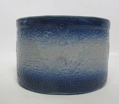 Antique-Cobalt-Blue-White-Salt-Glazed-Stoneware-Butterfly-Butter-Tub-Crock-yqz