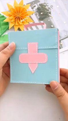 Cool Paper Crafts, Paper Crafts Origami, Diy Crafts For Gifts, Creative Crafts, Fun Crafts, Craft With Paper, Creative Ideas For Art, Diy Paper, Diy Gifts Paper