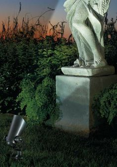 Proudly showcase your landscape with our Pro Series IV Solar Uplights and Spotlights.