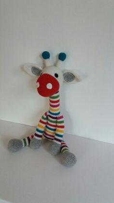 Amigurumi Giraffe gehäkelt Amigurumi Giraffe, Giraffes, Crochet Stuffed Animals