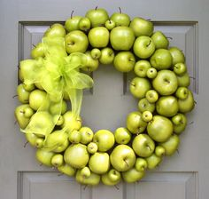 green apple wreath #SilkDegreesHOME