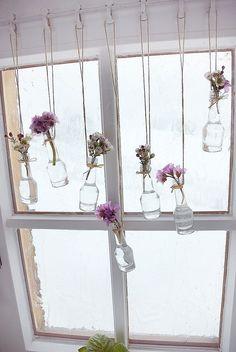 Wer wagt sich bereits an die Frühjahrsdekoration im Haus? Schauen Sie sich hier 12 Fensterideen für das Frühjahr an! - DIY Bastelideen