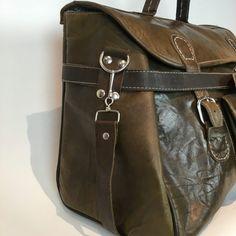 cdf2b423797 13 beste afbeeldingen van Onze tas - Leather bags, Leather Bag en ...