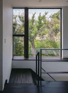 閉ざされているのに開放的! 二つの中庭のある家 | MABUCHIの新築施工例【イエタテ】 Windows, Indoor, Reno
