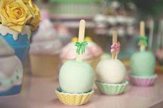 Festa infantil tema Confeitaria | Macetes de Mãe Cupcake, Desserts, Kids Part, Craft, 1 Year, Fiestas, Kitchen, Meet, Tailgate Desserts