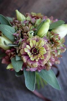 Love 'n Fresh Flowers Weddings: this florist/grower Rocks My World!