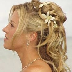 Half Up Half Down Wedding Hairstyles for Medium Length Hair | Curly Hairstyles For Women with Long Hair - Curly Long Hairstyles ...