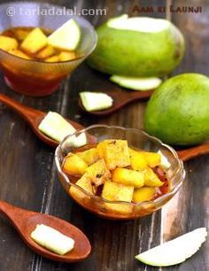 Quick+and+easy+pickle+that+tickles+your+palate!+Aam+ki+Launji+is+made+by+cooking+mangoes+with+a+readily+available+selection+of+spices+and+powders.+No+complex+methods,+tricky+proportions+or+pickling+time+involved+in+making+this,+yet+it+stays+fresh+for+almost+four+days+in+the+refrigerator.+This+sweet+and+spicy+Aam+ki+Launji+can+be+served+with+parathas+or+rotis+of+your+choice.