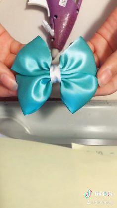 Make Hair Bows, Hair Bow Making, Homemade Hair Bows, Tulle Hair Bows, Big Hair Bows, Flower Hair Bows, Toddler Hair Bows, Fabric Hair Bows, Ribbon Hair Bows