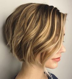 60 Best Short Bob Haircuts and Hairstyles for Women - Short Side-Parted Wavy Bob - Bob Haircut For Fine Hair, Haircuts For Fine Hair, Short Bob Haircuts, Short Hairstyles For Women, Wig Hairstyles, Short Wavy Bob, Long Bob, Short Graduated Bob, Wedding Hairstyles