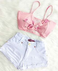 Pink high tops/boots/something like that pink belt or blue and denim jacket choker and arm band hoops high bun Casual School Outfits, Teenage Girl Outfits, Teen Fashion Outfits, Cute Casual Outfits, Cute Summer Outfits, Outfits For Teens, Girl Fashion, Moda Fashion, Casual Clothes