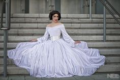 This Disney Princess Leia Ballgown Is Simply Elegant [Cosplay] Read more at http://fashionablygeek.com/costumes/princess-leia-ballgown/#zAkHS4k5VzykdI7h.99