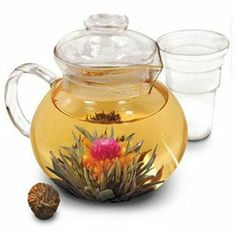 Glass Tea Pot with Loose Tea Infuser 1 of 1