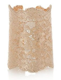 To die for gold lace cuff! gildedmint.blogspot.com